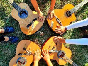 "Read more about the article Projekt: ""HALLO Gitarre""…"